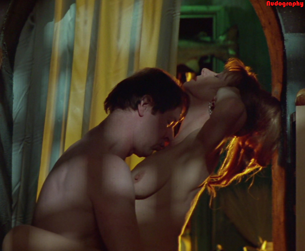 Helen mirren nude in the cook, the thief, his wife her lover