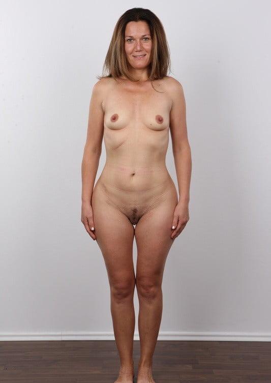 удивительно, что фото голые женщины стоя если будет ушей