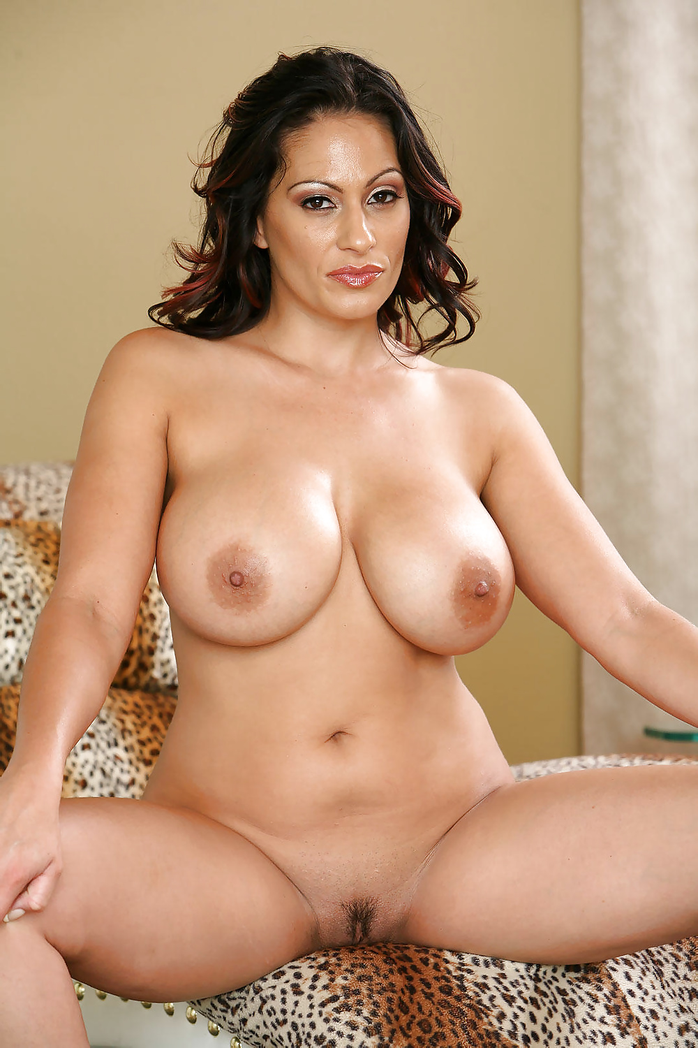 Madhori hot naked photo, indonesia lips pussy