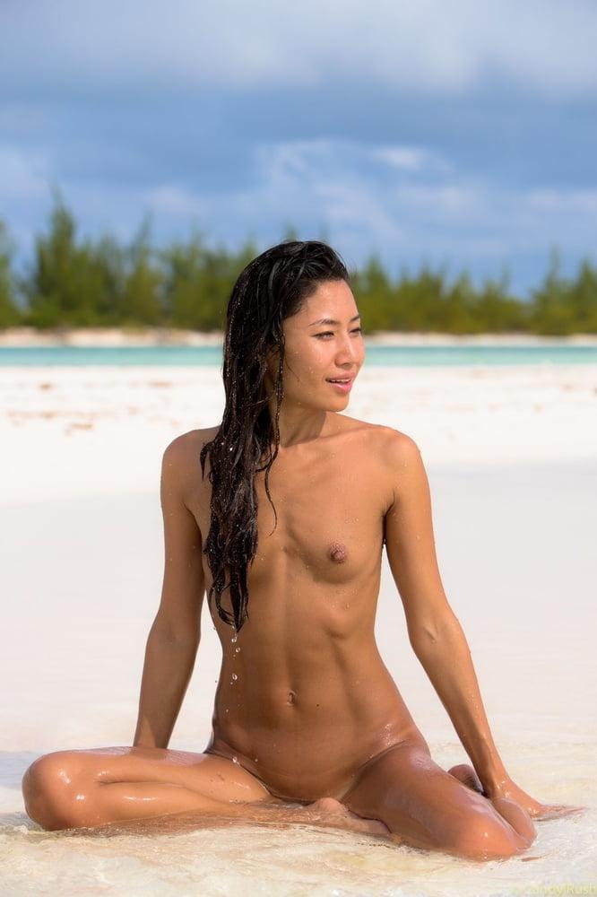 Vintage naked women photos-9908