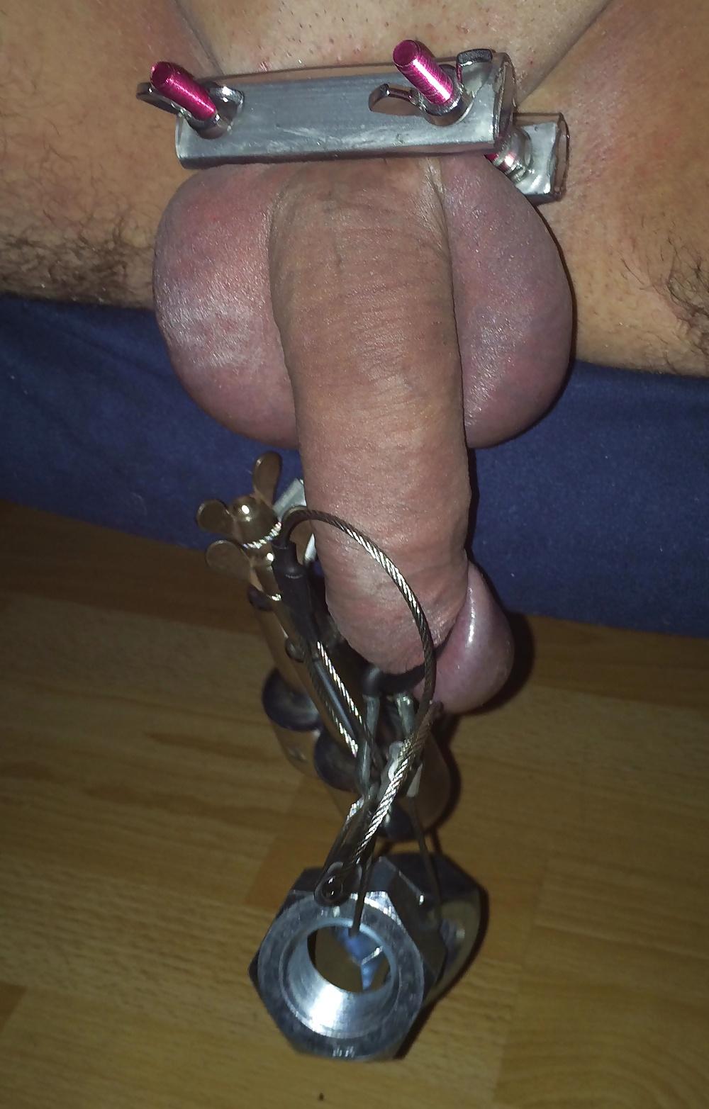 Penis abgebundener Beste Freundin