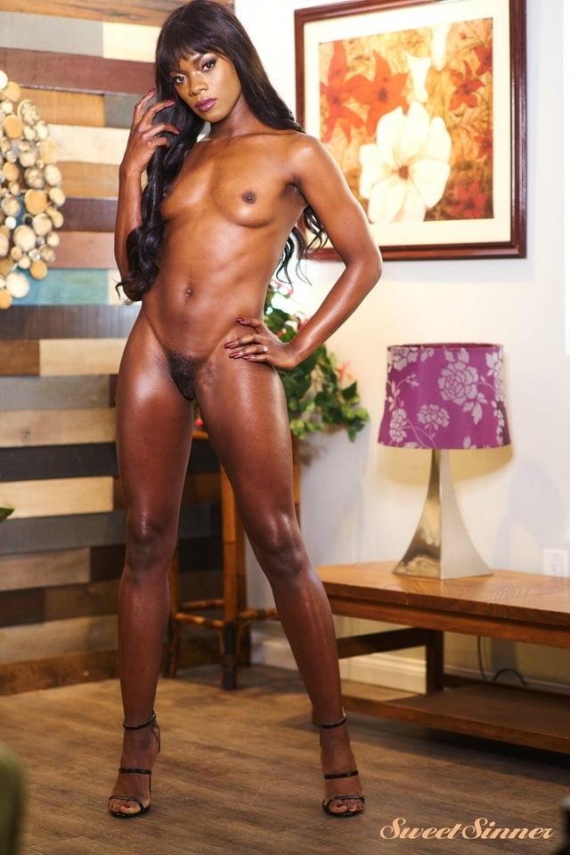 Ebony Hotties - 27 Pics