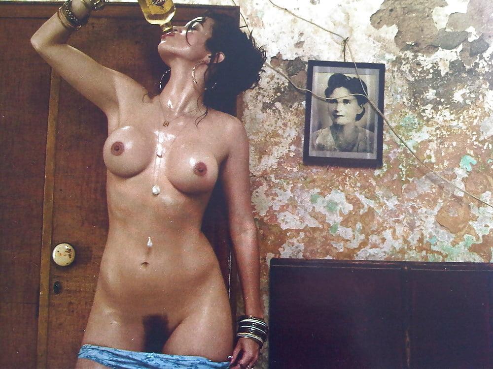 Costa naked — photo 14