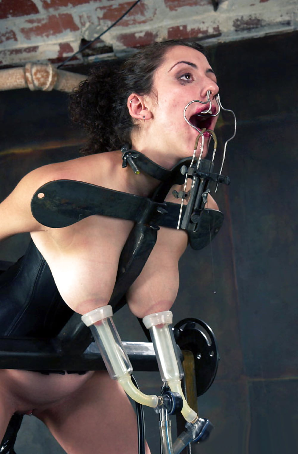 the-bed-bdsm-tit-milking-sex-brasil-fuck
