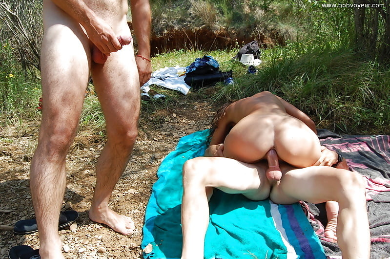 Gay Outdoor Voyeur