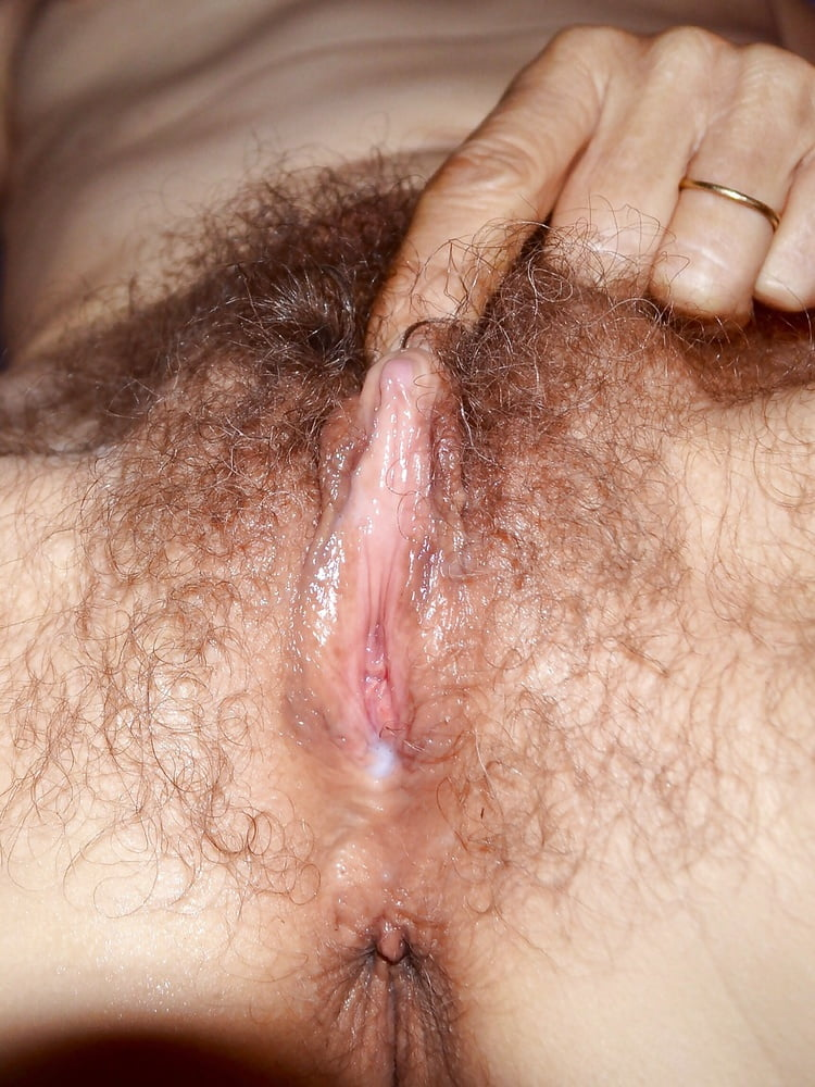 wet-hairy-pussy-videos
