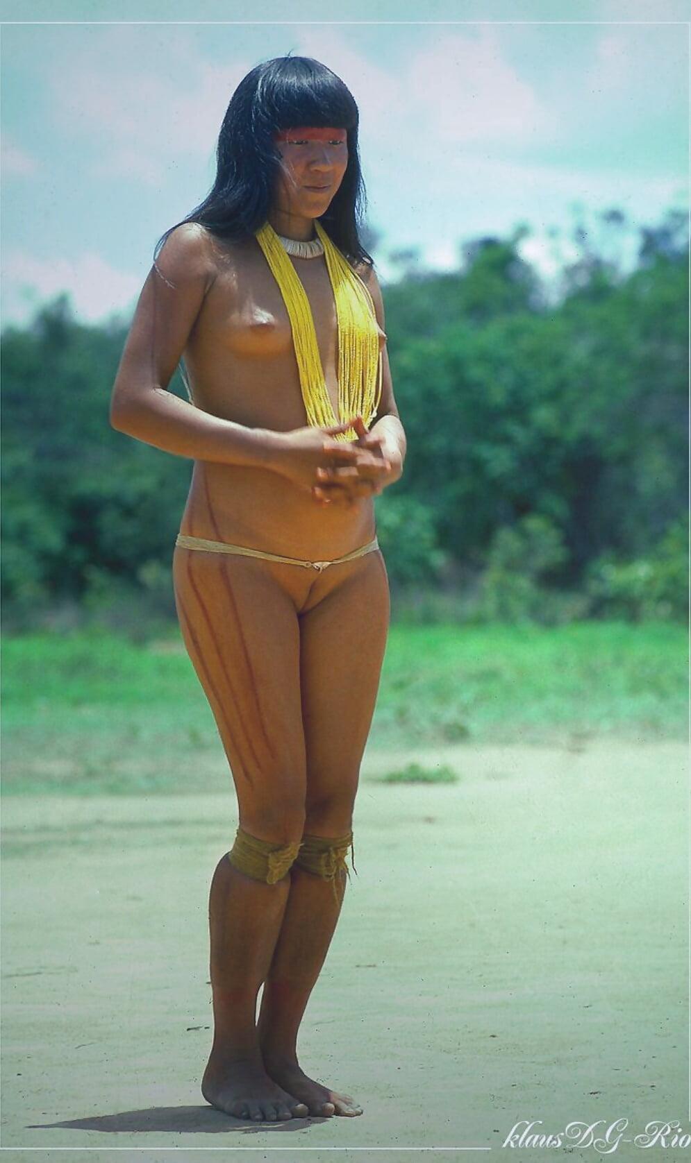 South American Xingu Tribe Women Pussy