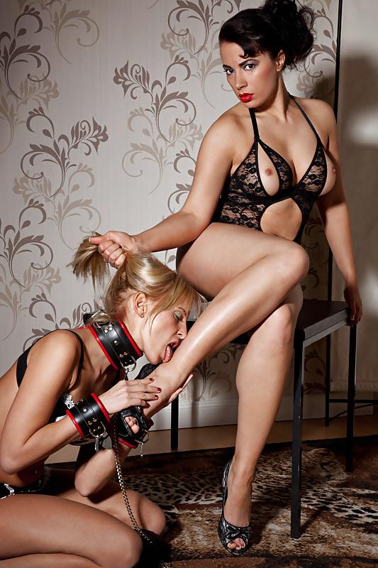 Using My Slave Martina With My Boyfriend De Kathrin Pissinger