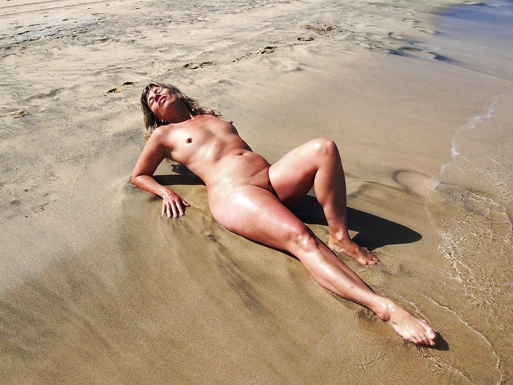 Naked alabamanudes