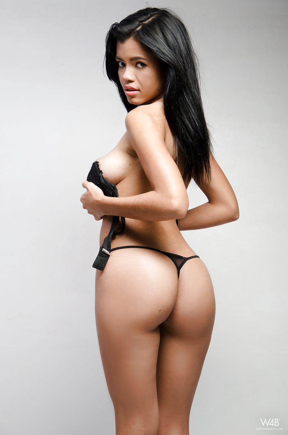 Hot nude colombian girls big asses