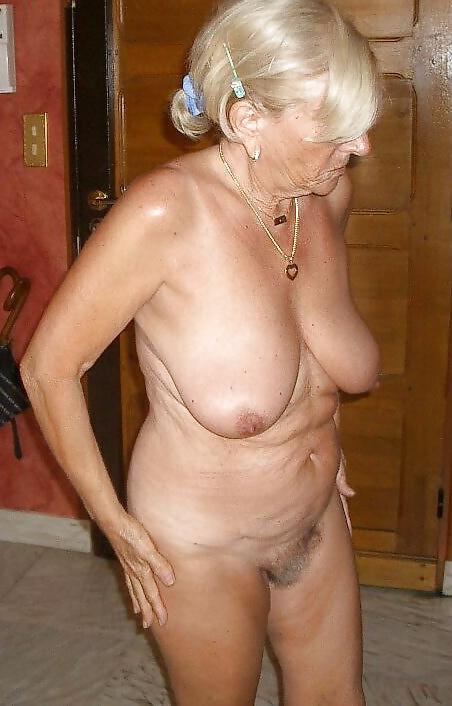 Emo nudes grandma sexy shower pic videos wife masterbating