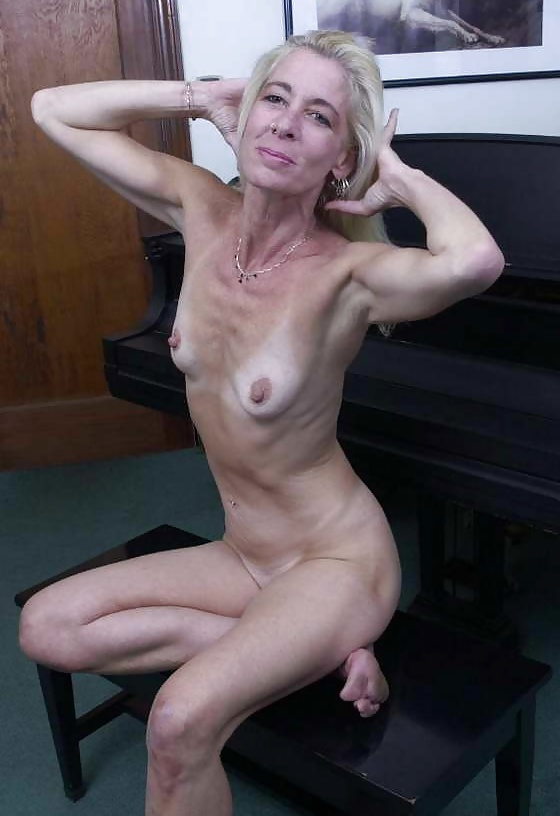 Super Sexy Skinny Amateur Mature Granny Hot - 16 Pics -5942