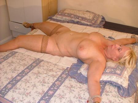 Big Tits Big Ass Amateur Mature MILF - Wife - Gilf - Granny