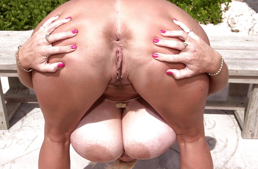 Tag big butt
