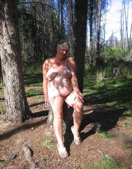 Bbw slutty granny- 20 Pics