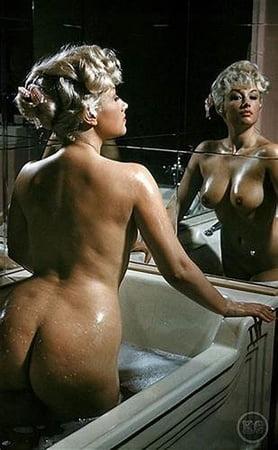 Nackt Pamela Green  Eva Green