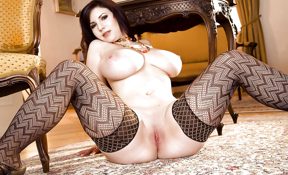 porno-ogromnie-siski-v-setochkah-video
