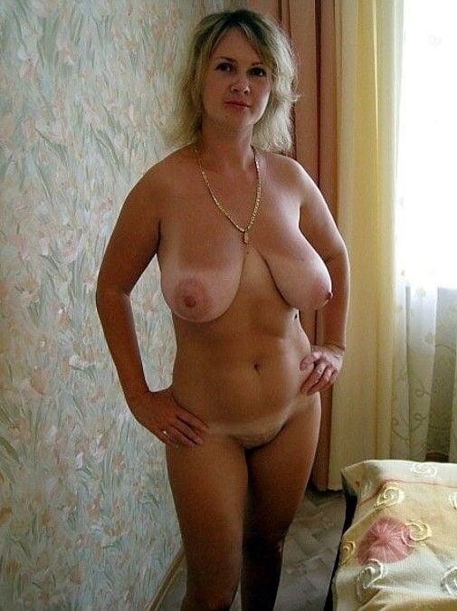 фото голых российских зрелых частное женщины, которым далеко