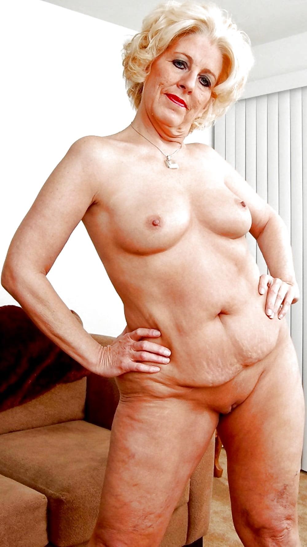 granny-nude-women