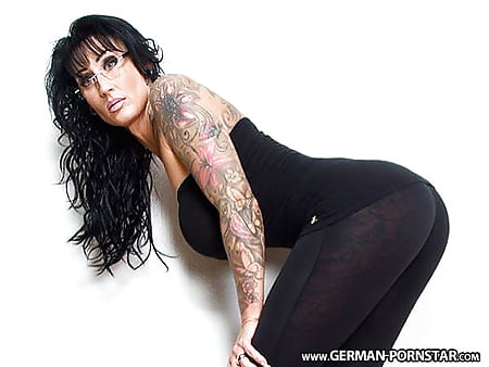 In latex gefickt