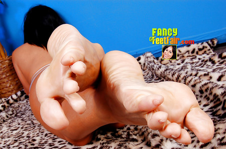 Wrinkled sole lick