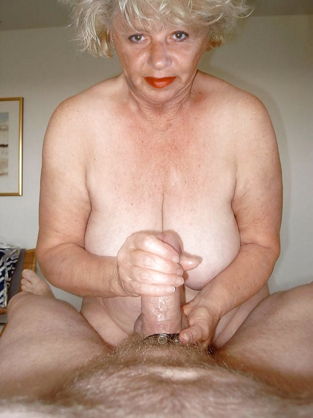 Real amateur granny sex, naked plus size spread ass