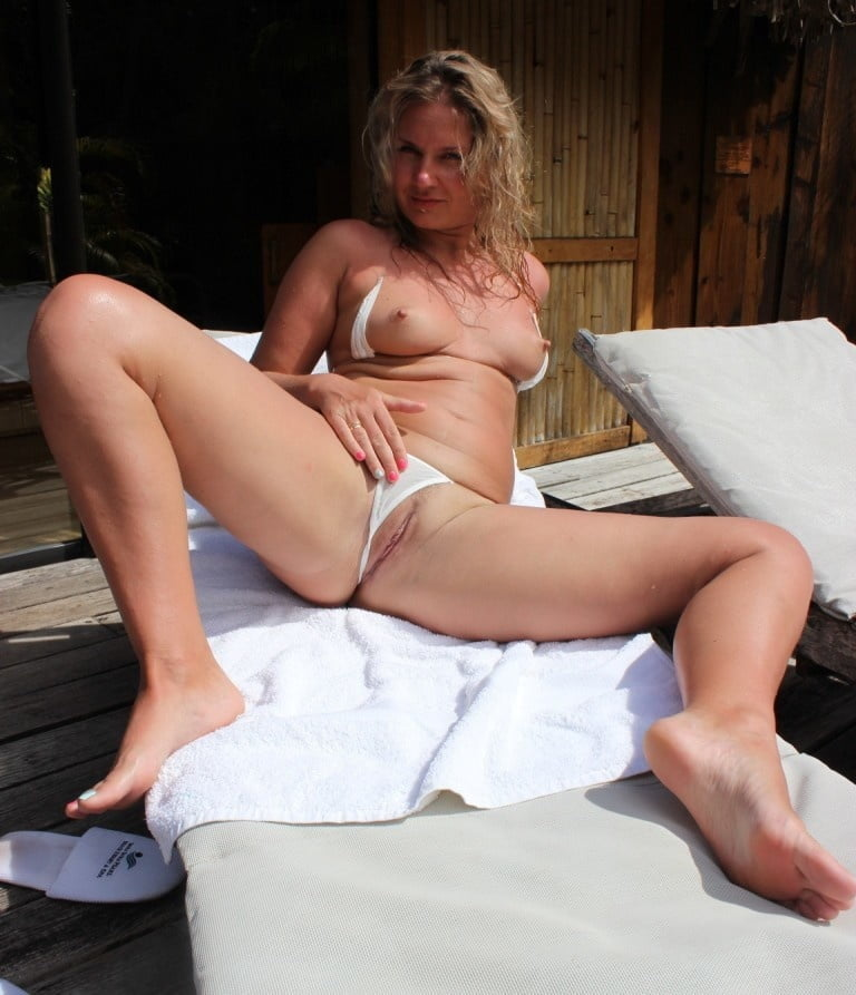 Milf amateurs gone wild
