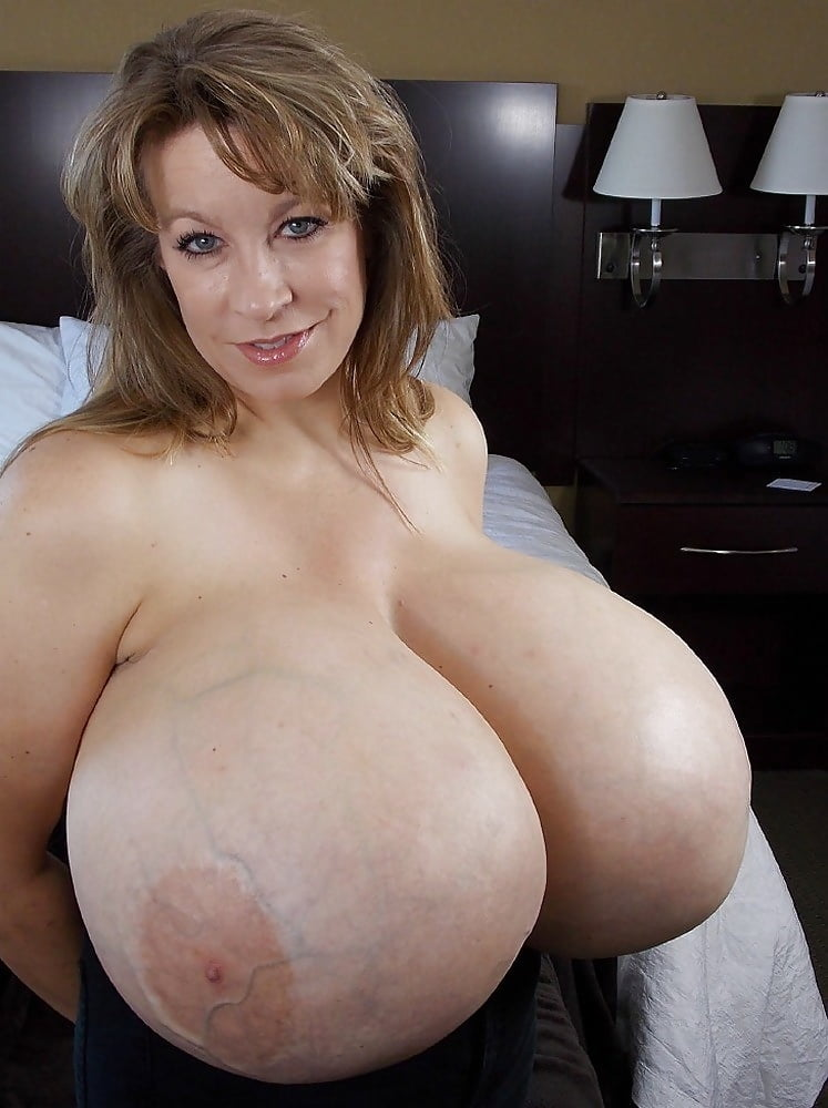 the-worlds-biggest-tits-nude-nora-naked