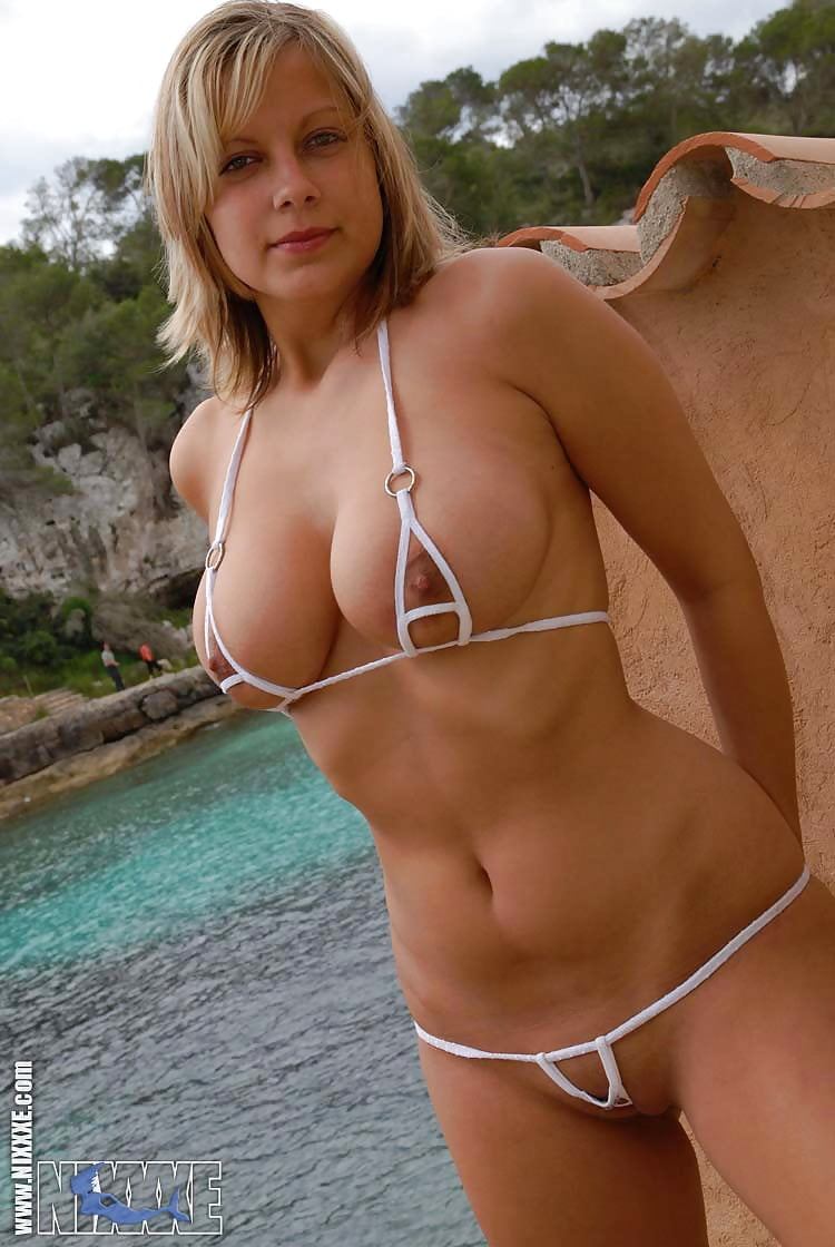 tiny-tit-milf-bikini-video-girls-ring-boxing-nude