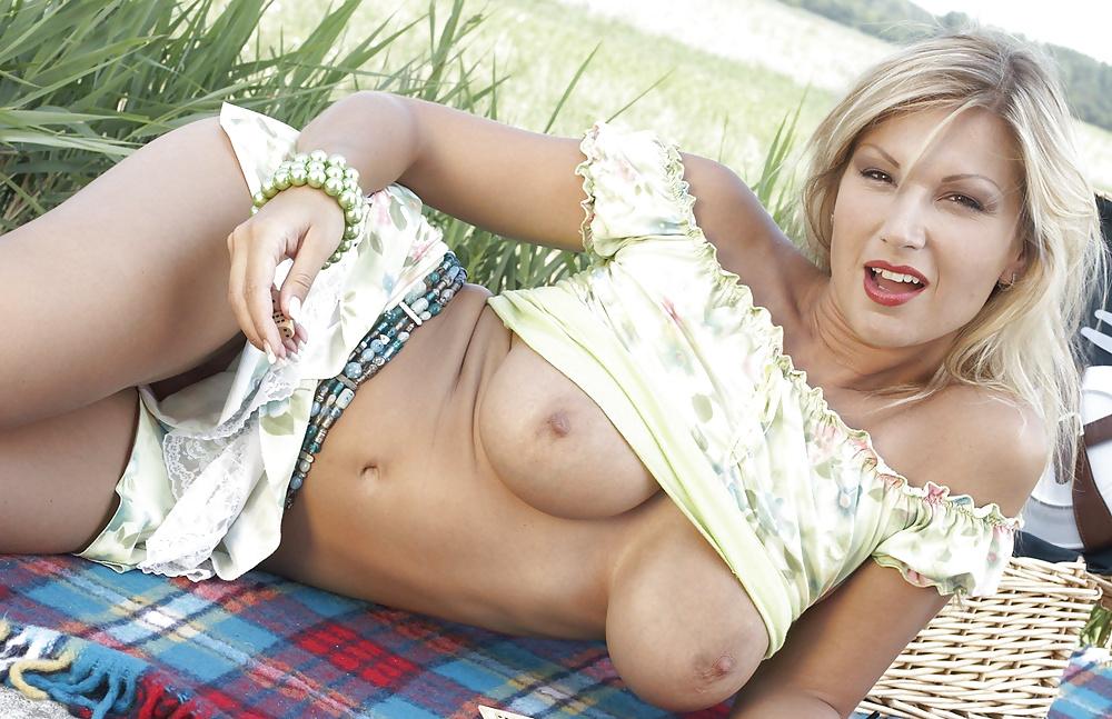 Carol Goldnerova Vr Porn Pics