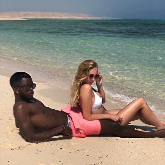 BLACKED vacations.... - 13 Pics