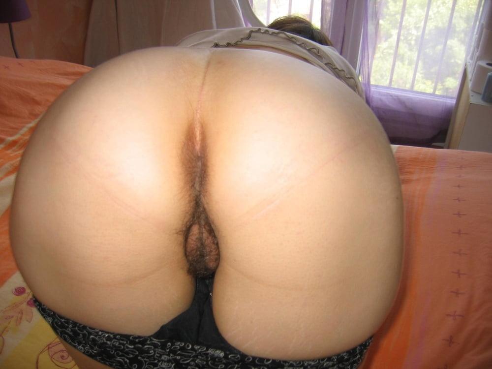 Hot wife- 19 Pics