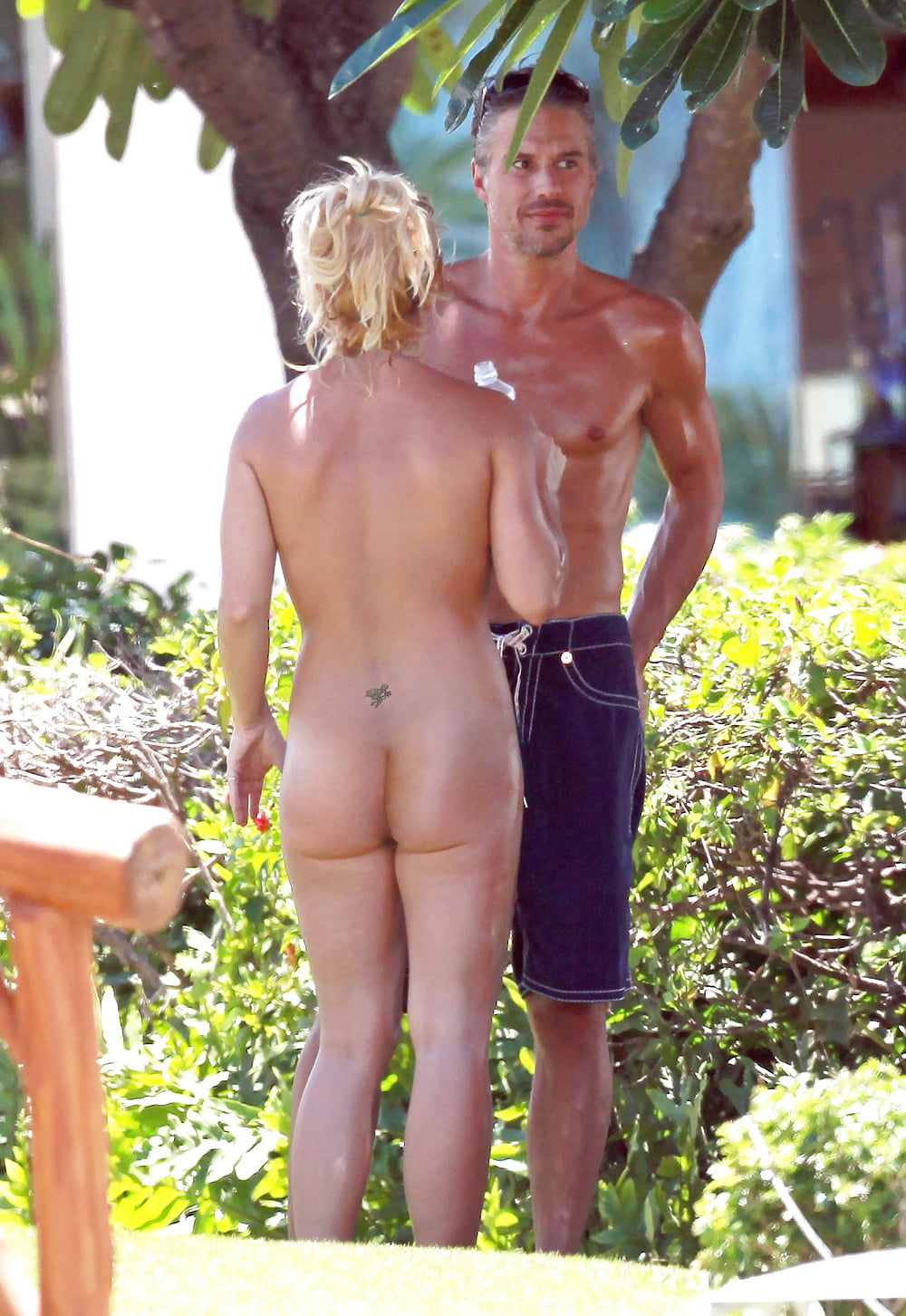 britney spears at a nude beach