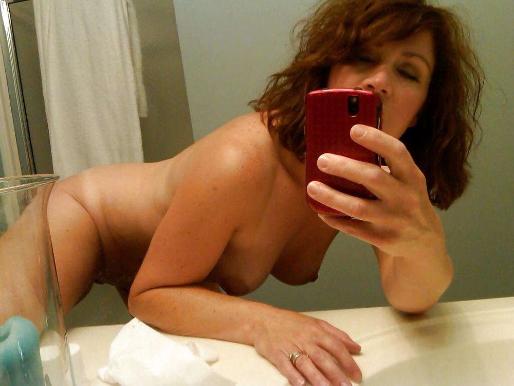 Sexy nude milf selfshots #10