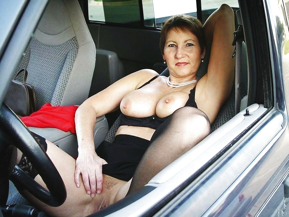 Amateur big tit car sex