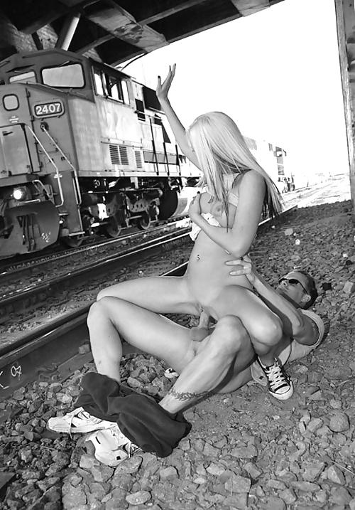 В дороге порнуха