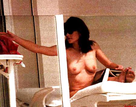 hurley pics Elizabeth nude