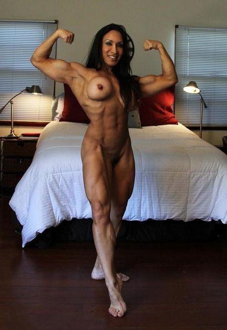 Gorgeous muscular women - 96 Pics