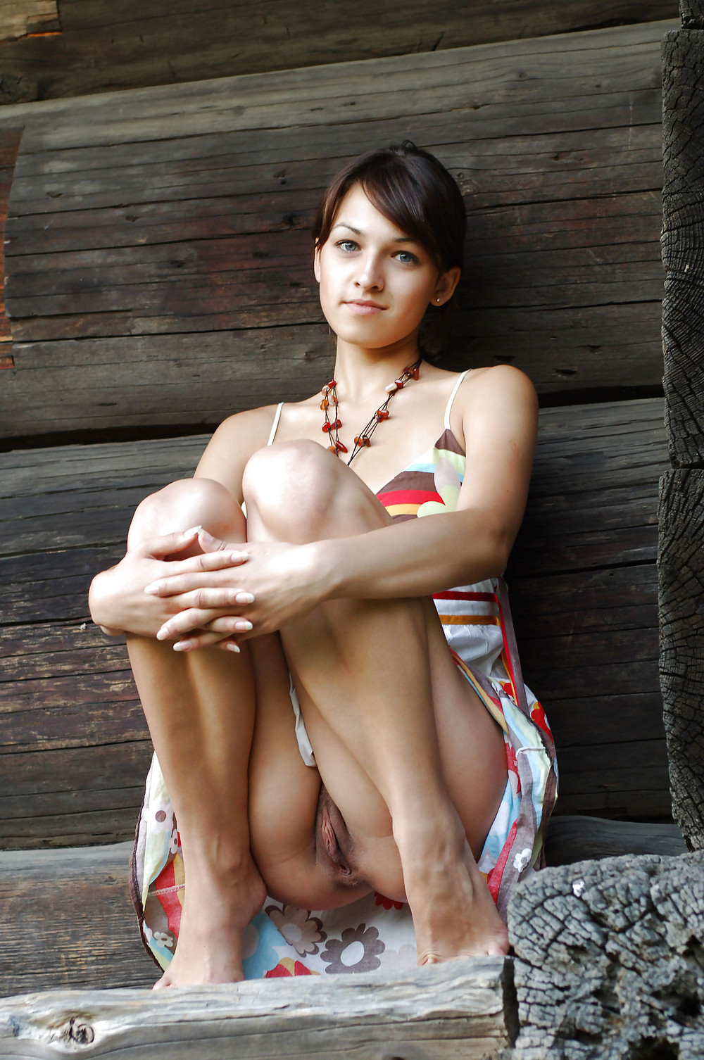 showing pussy Upskirt