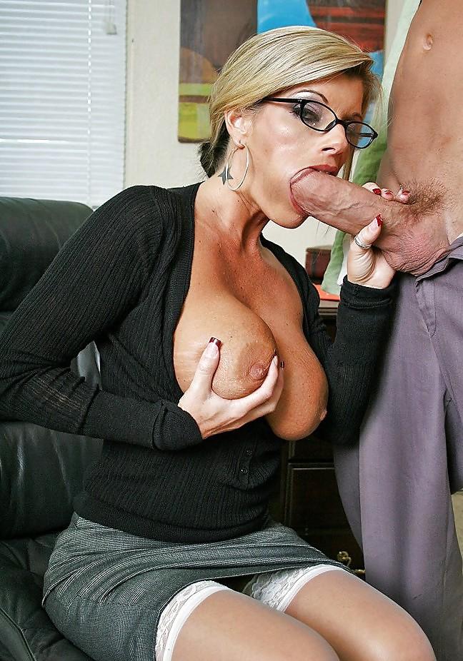 минет секретарши порно - 2