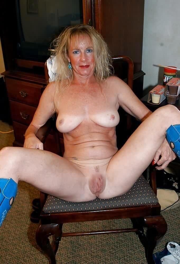 Mature milf pics, nude milfs sex XXX photos