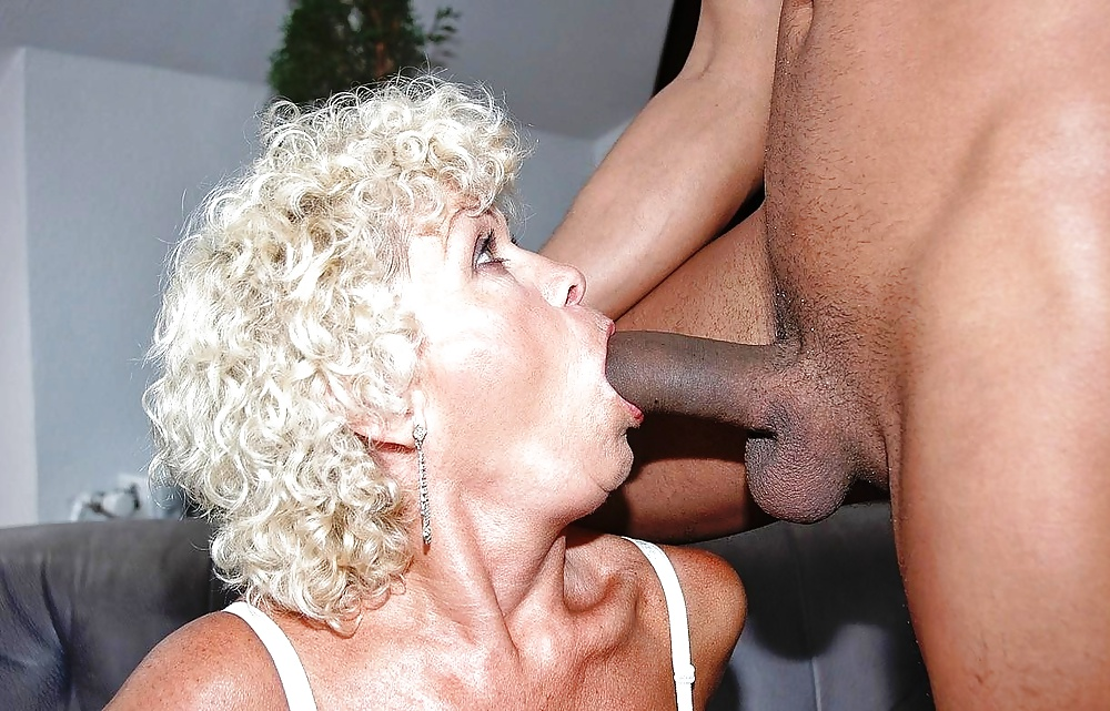 Best site for granny blowjobs — pic 1