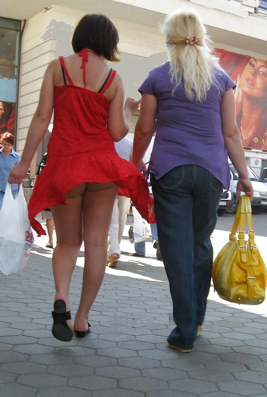 Случайные задранные юбки, порно для экстаза