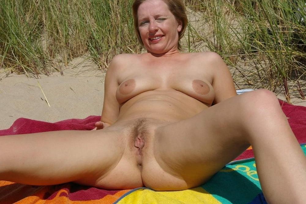 Sicilia enjoys outdoor masturbating - 2 part 7
