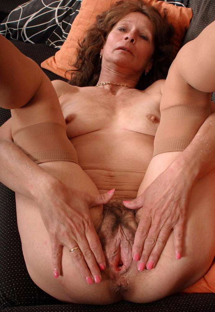 The Old Woman Is Caressing Her Vagina On Camera, Lexxmexx