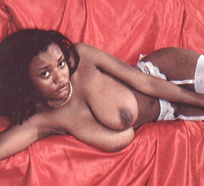 Pam Grier Breasts Scene In Foxy Brown