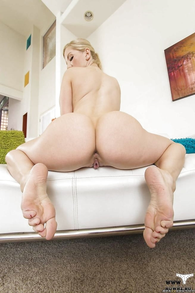 Ashley Fires Feet MyLust 1