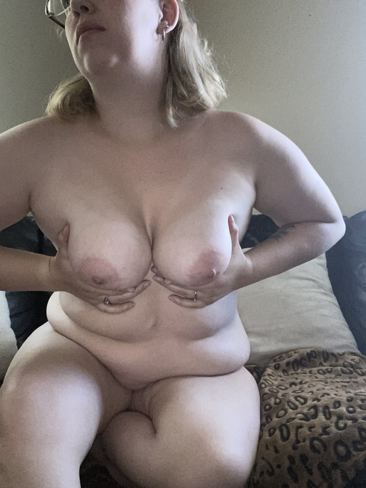 Titties for days!!!! - 12 Pics