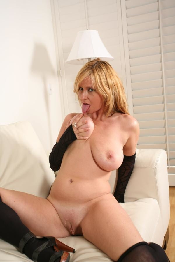 pictures-of-mature-violet-goby-school-xxx-videos