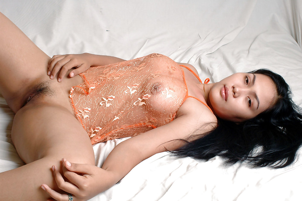 Indonesian Big Tits Porn, Busty Indonesian Sex Images